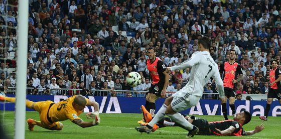 Real Madrid 3-Almeria 0