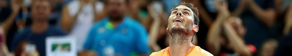 Nadal celebra su triunfo sobre Mischa Zverev en Brisbane.