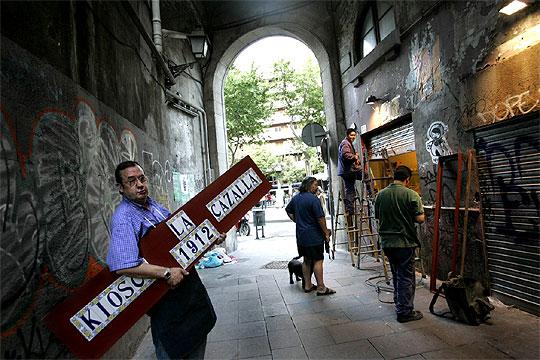 Foto del País, testimonio de la reapertura del Kiosco Cazalla en 2005