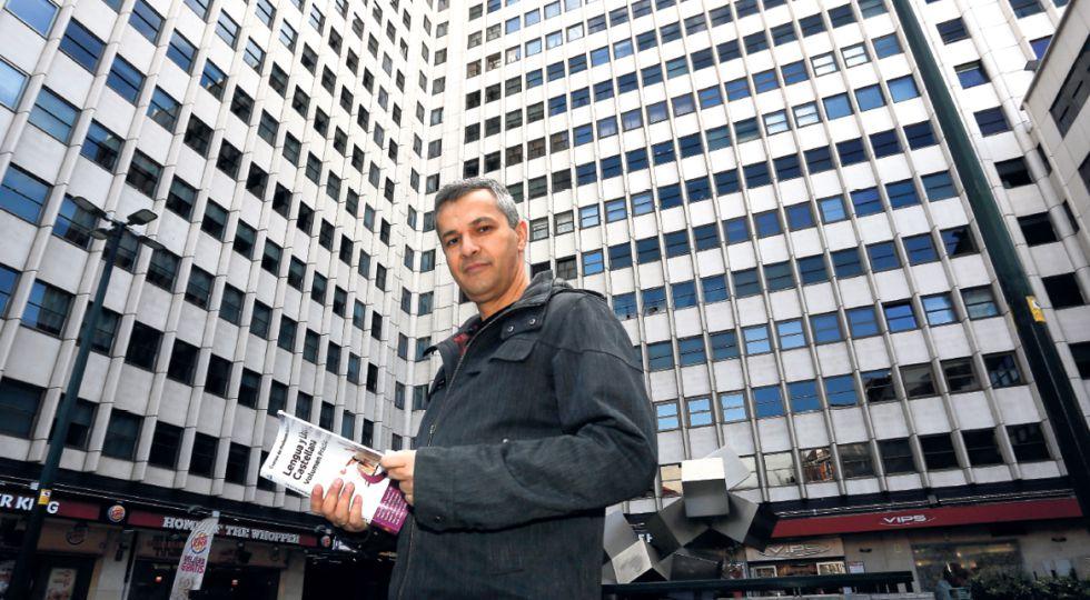 Antonio Mas, de 45 años, recién graduado en Derecho, en Madrid.