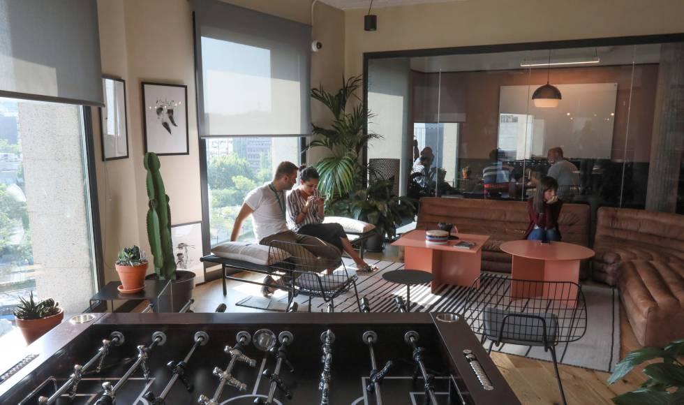 Centro de trabajo compartido de WeWork en el distrito de negocios de Madrid.
