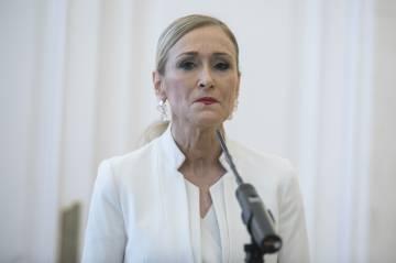 Cristina Cifuentes presenta su renuncia a la presidencia de la Comunidad de Madrid.
