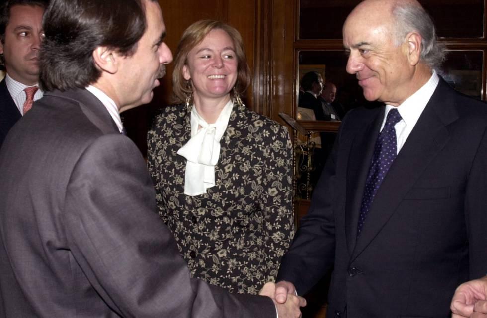 José María Aznar y Francisco González en 2002, poco antes de una conferencia.