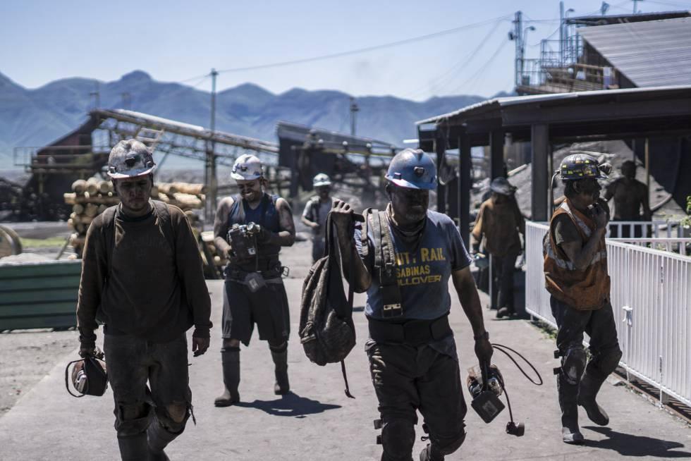 FOTOGALERÍA   Mineros acaban su turno laboral en la mina Santa Bárbara, en San José del Aura