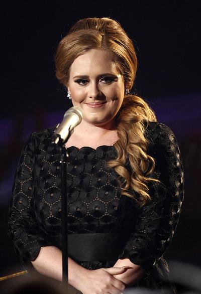 Adele y otros famosos que bajaron dramáticamente de peso