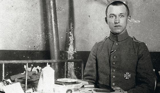 Combatió en el sector francés yrelató su visión de la contienda en 'Tempestades de acero'.