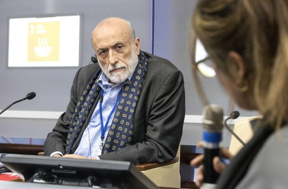Petrini, atento durante un acto en la sede de la FAO.