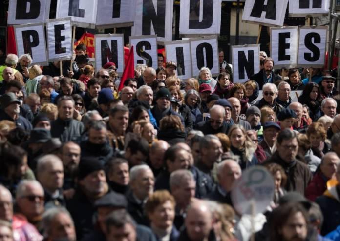 Manifestação de aposentados em Madri, em março passado.