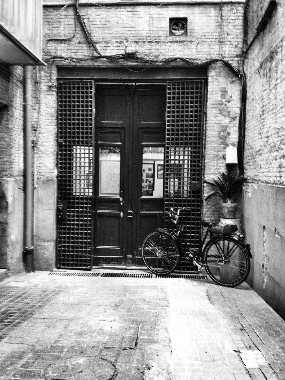 El estudio de Sáenz de Oiza estaba en un pequeño bajo del barrio de Alonso Martínez, en Madrid.