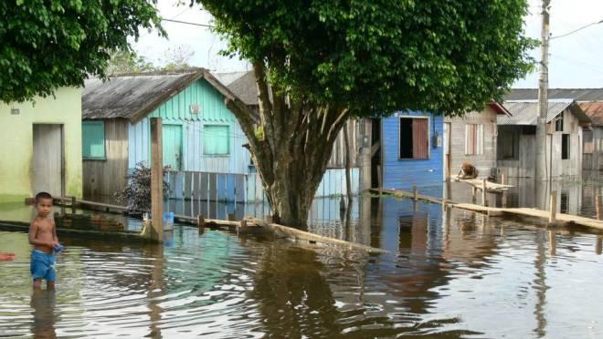 Rio em Itacoatiara, no estado de Amazonas