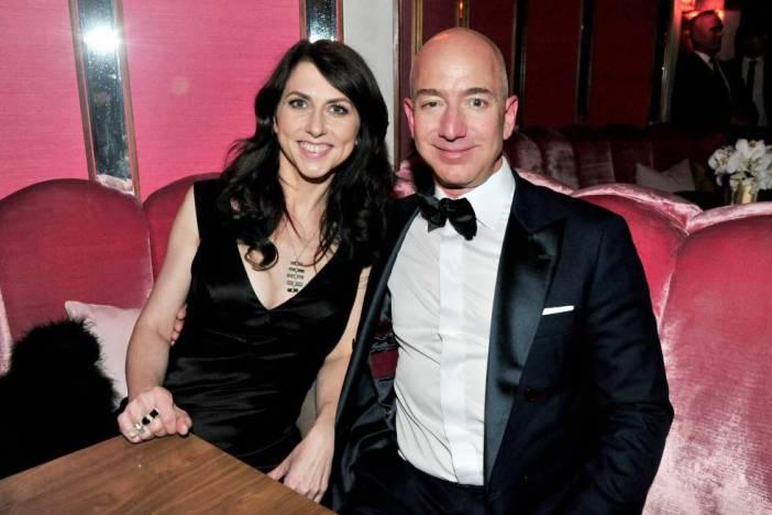 Jeff Bezos y su ya exesposa MacKenzie Bezos.