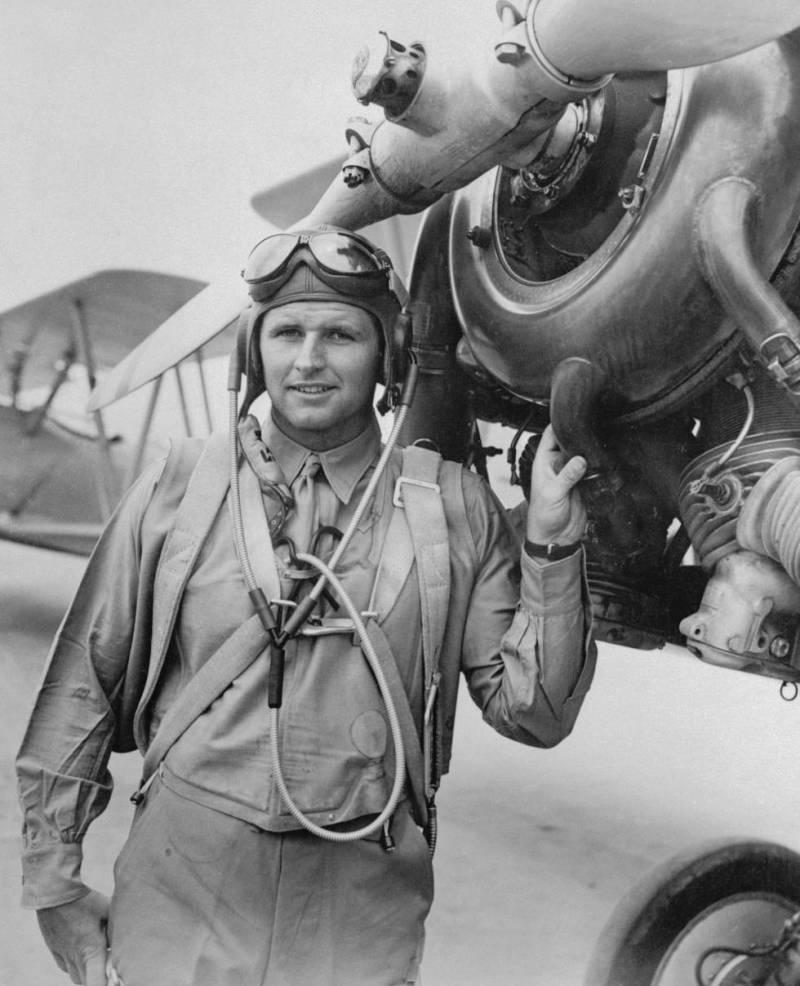 Joseph P. Kennedy Jr. in pilot uniform in 1941. He died fighting in World War II.