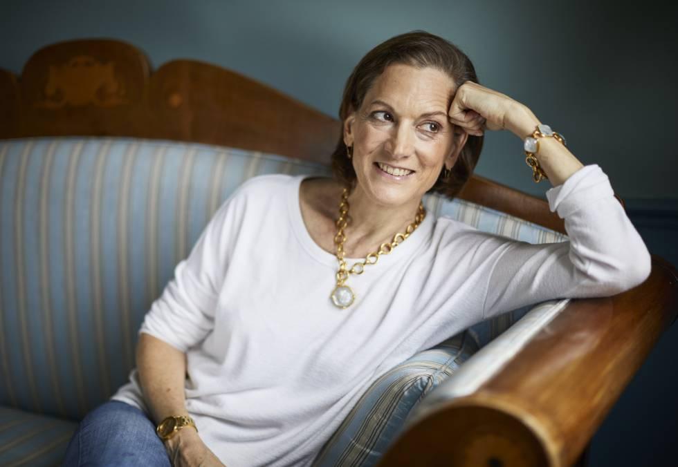 Anne Applebaum, en su casa de Polonia, donde vive parte del año. Está casada con el europarlamentario polaco Radoslaw Sikorski.