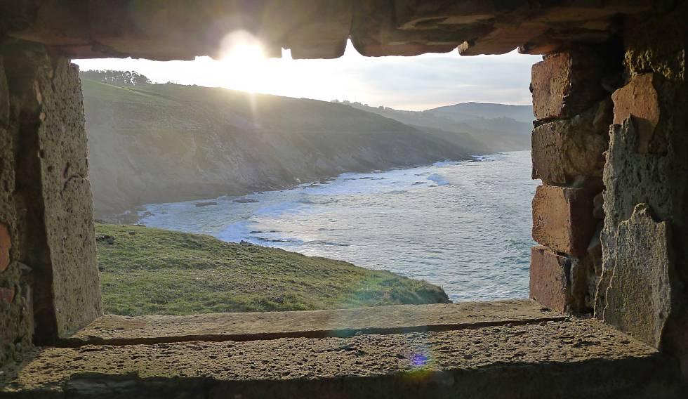 Vista desde la caseta del vigía en el paseo de Itsaslur (Bizkaia).