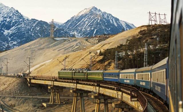 El Baikal-Amur (BAM) que atraviesa Siberia a su paso por la zona de Buriatia.