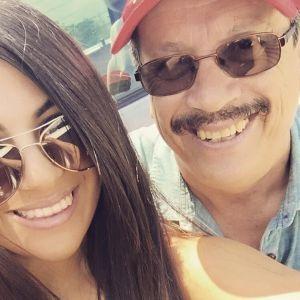 Adriana Almanza y su padre.