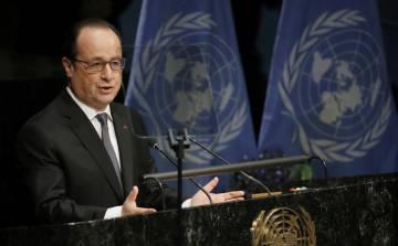 François Hollande, en la ONU, durante la ceremonia de firma del pacto climático del París.