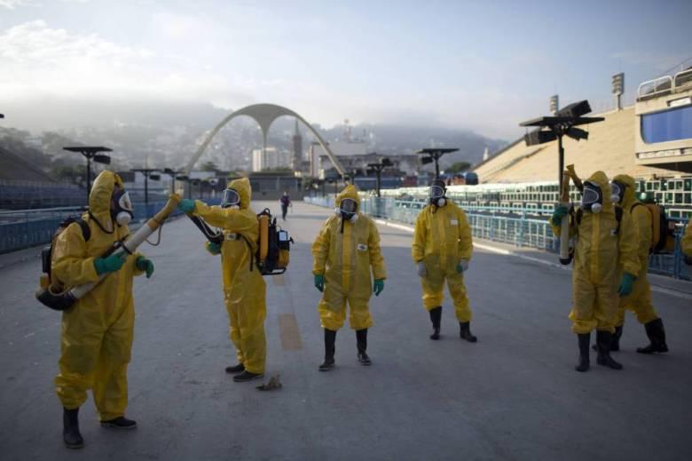 """Fumigación para combatir el virus del Zika en el """"Sambódromo"""" de Río de Janeiro"""