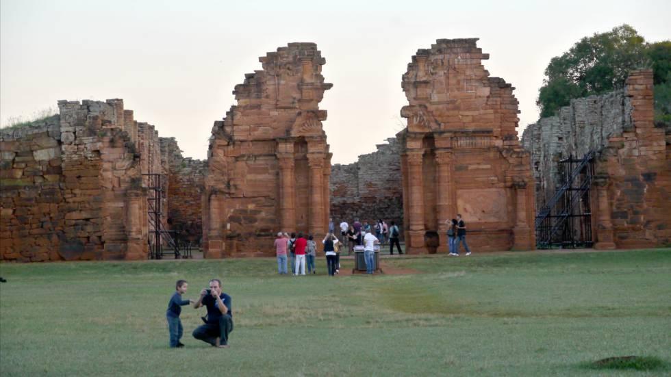 Las ruinas de San Ignacio Miní, un clásico en la provincia de Misiones.