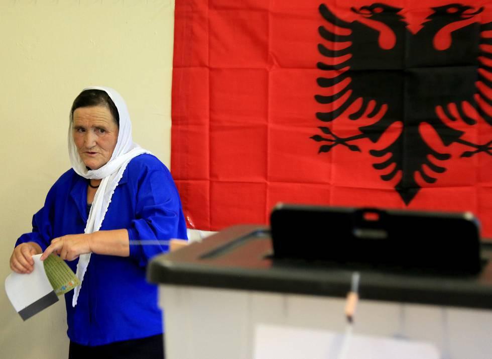 Risultati immagini per Albania decide en las urnas el rumbo de su acceso a la UE
