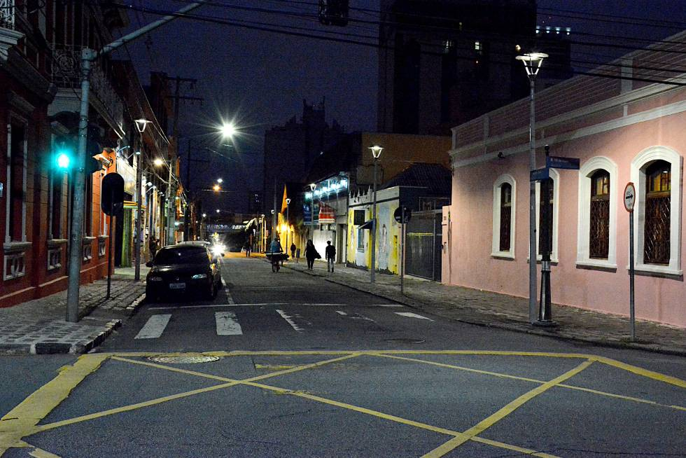 Un foco de luz que redujo el crimen en casi la mitad  Internacional  EL PAS