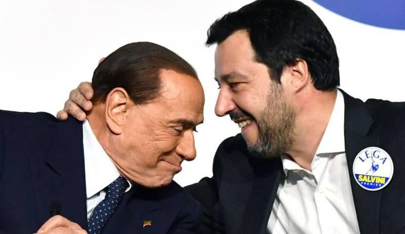 Silvio Berlusconi y Matteo Salvini, poco antes de que se celebrasen las elecciones legislativas de marzo 2018.