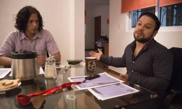 Jesús Romero Colín(D) y su abogado Luis Ángel Salas el lunes en Ciudad de México