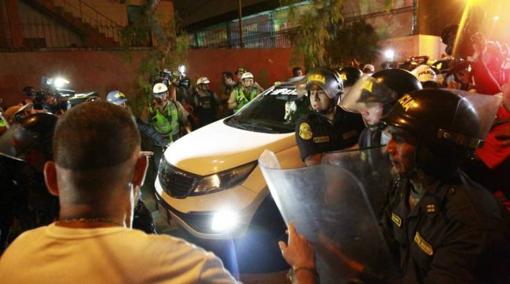 La salida de Alberto Fujimori de la clínica en la que estaba internado.