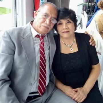 Sara Esther Regalado y Adolfo Cerros Hernández vivían en Ciudad Juárez.