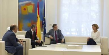 Mariano Rajoy y Dolores de Cospedal reciben a Coalición Canaria.