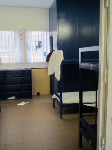 Una de las habitaciones colectivas del CIE de Aluche.