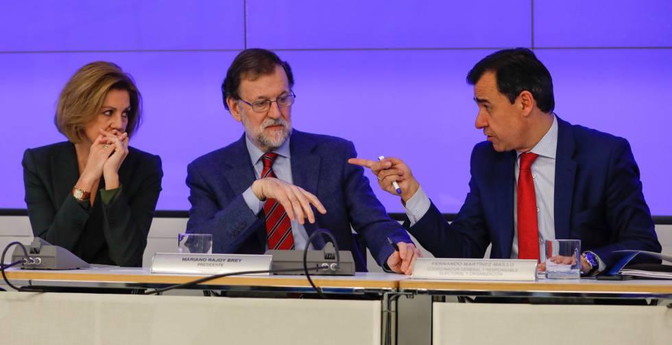 Maria Dolores de Cospedal, Mariano Rajoy, y Martinez Maillo este lunes.