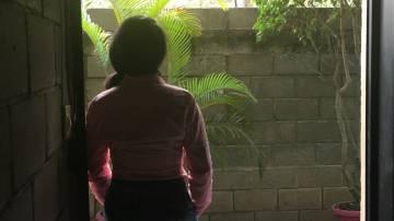 Lorena enfrenta cargos penales en Honduras por haber sufrido un aborto terapéutico.