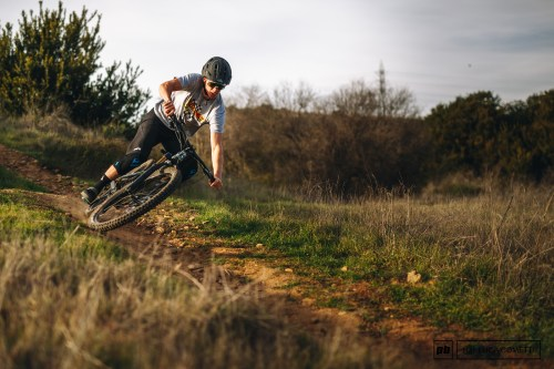 small resolution of shoot for the cannondale jekyll review