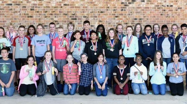 Paris Junior High students Win UIL medals