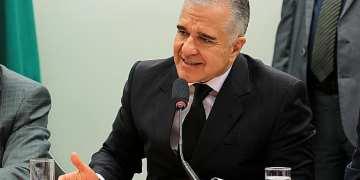 O deputado Julio Lopes (PP/ES) está indicado ao governo a redução de royalties para campos maduros de petróleo e gás - Foto: Will Shutter/Câmara dos Deputados