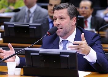 O deputado Carlos Sampaio (PSDB/SP) é autor do projeto