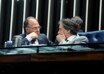Os senadores Fernando Bezerra Coelho (MDB-PE) e Eunício Oliveira (MDB-CE). Foto: Geraldo Magela/Agência Senado