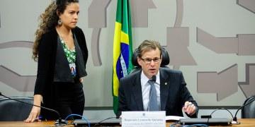 Vice-presidente da comissão, deputado Leonardo Quintão afirma que será escolhido novo relator.  Foto: Pedro França/Agência Senado