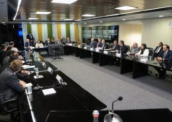 """Reunião do MME com ABDAN e empresários do setor nuclear. Governo promete """"roadshow"""" para atrair investidores para Angra 3 / Foto: divulgação ABDAN"""