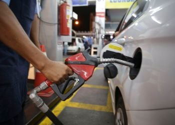 O abastecimento de combustível no Distrito Federal começa a ser normalizado.