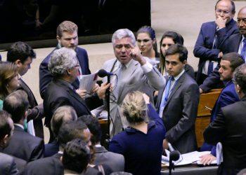 Plenário da Câmara dos Deputados durante sessão conjunta do Congresso Nacional destinada à apreciação de vetos e do PLN 4/2019, que abre crédito suplementar de 248,9 bilhões. rrBancada:rsenador Major Olimpio (PSL-SP);rdeputada Joice Hasselmann (PSL-SP).rrFoto: Roque de Sá/Agência Senado