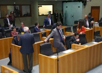 Sessão ordinária na Assembleia Legislativa do Espírito Santo. Foto: Tati Beling