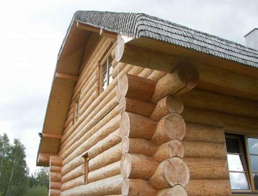 Dach  z wióra osikowego – dom z bala