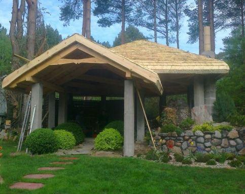 Wiata drewniano – betonowa
