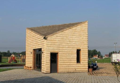 Domki z wióra dachy i ściany