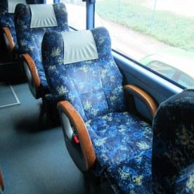 VIP-penkki bussissa