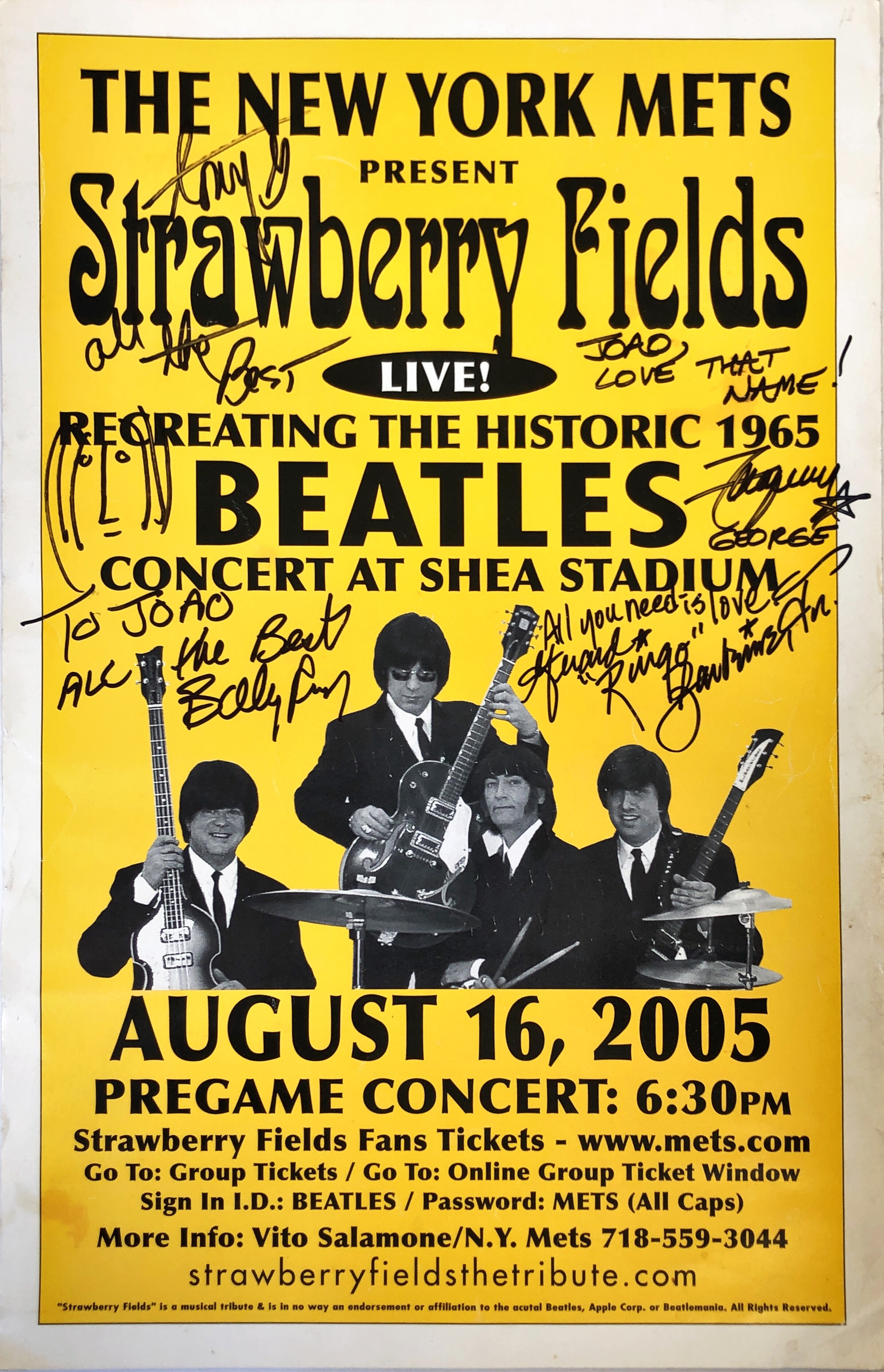 Strawberry Fields Forever Recreating The Historic 1965 Beatles Concert At Shea Stadium Nova Iorque 16 De Agosto De 2005 Cartaz E Autógrafos Ephemera Biblioteca E Arquivo De José Pacheco Pereira