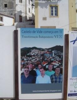 Transformação Independente de Castelo de Vide Acção de Campanha no Conc. de Castelo de Vide Cartazes Colagem de Cartazes2
