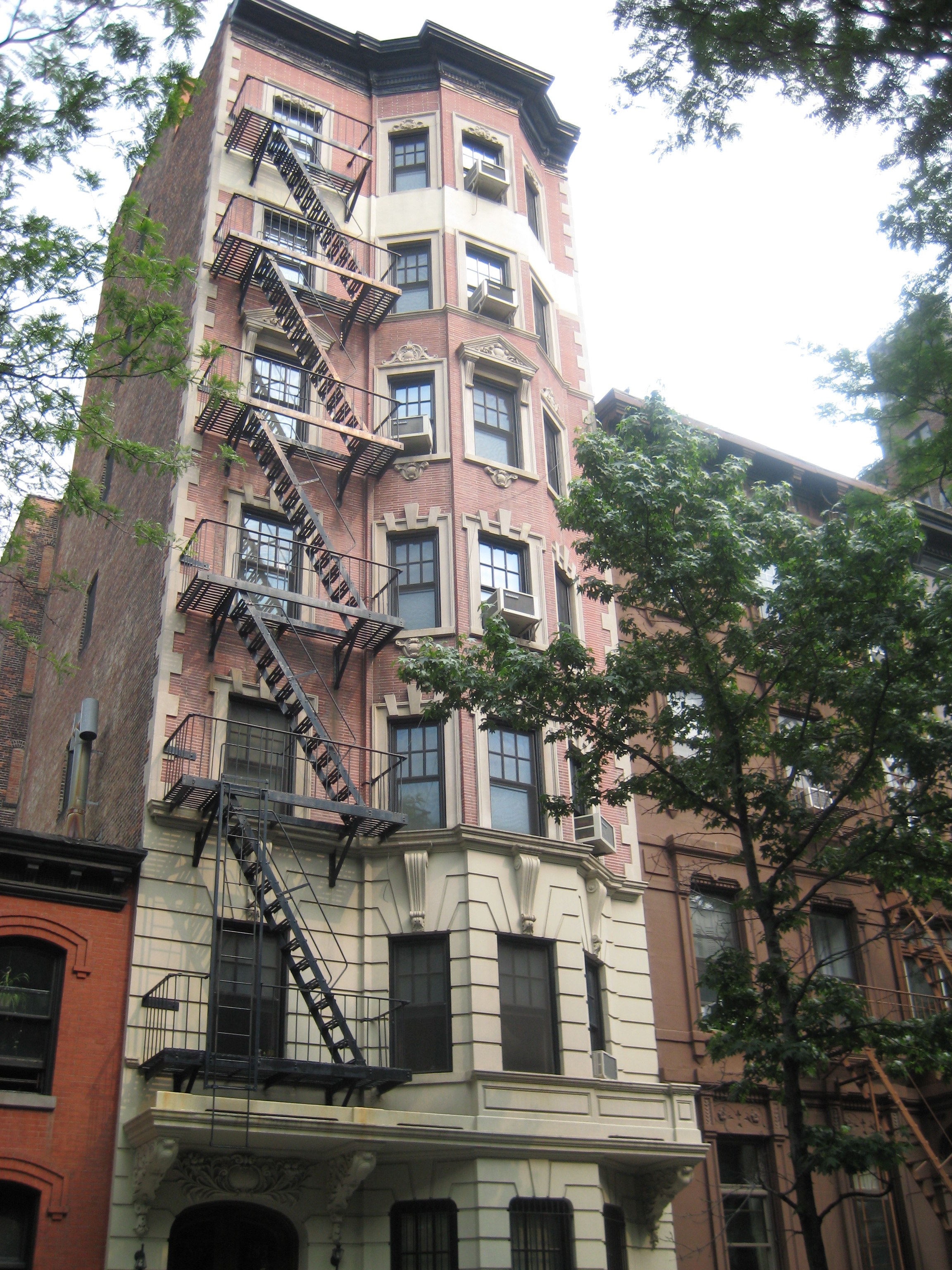 Brooklyns most aristocratic apartment house  Ephemeral